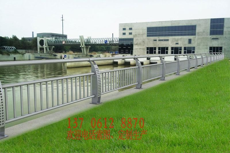0160614221453 部分常规桥梁护栏展示(非灯光款)