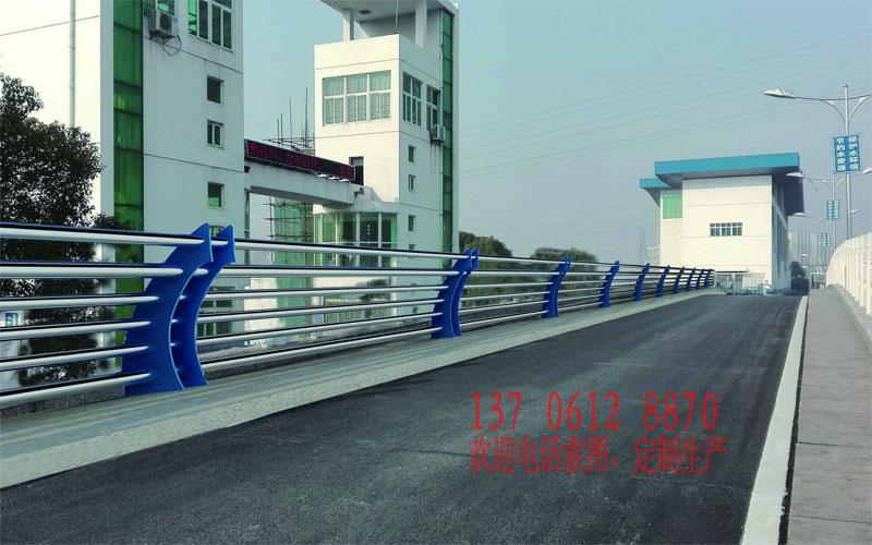 20160614222234 部分常规桥梁护栏展示(非灯光款)
