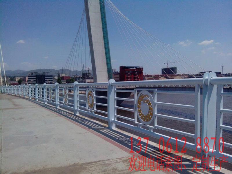 20180624171757 部分常规桥梁护栏展示(非灯光款)