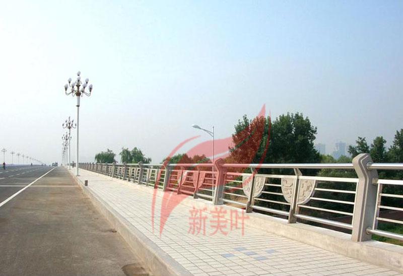 7 新美叶公司新款铸造石河道护栏(部分)