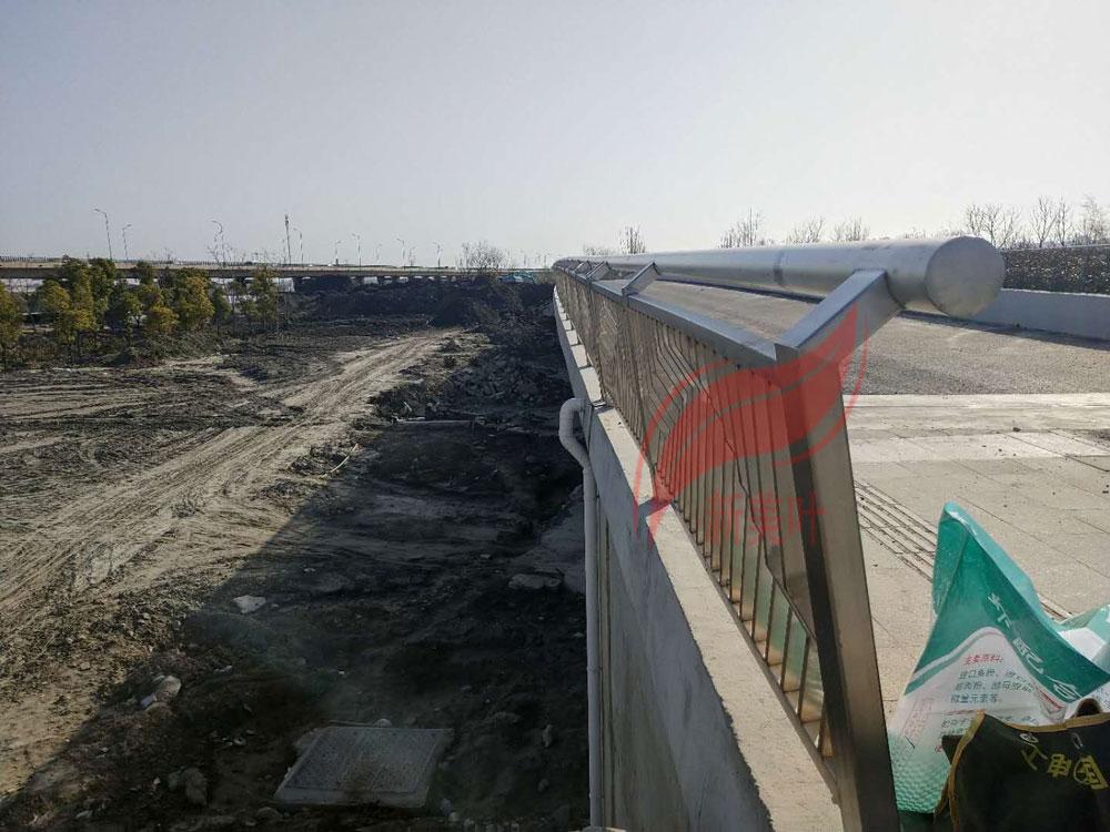 20190819083618381838 我公司2020年全年桥梁、河道、景观、灯光护栏工程安装案例展示(部分)