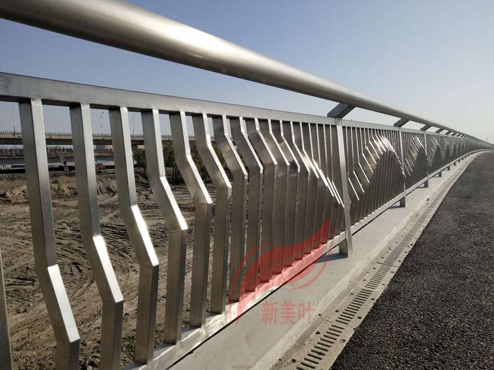 20190819083694809480 我公司2020年全年桥梁、河道、景观、灯光护栏工程安装案例展示(部分)